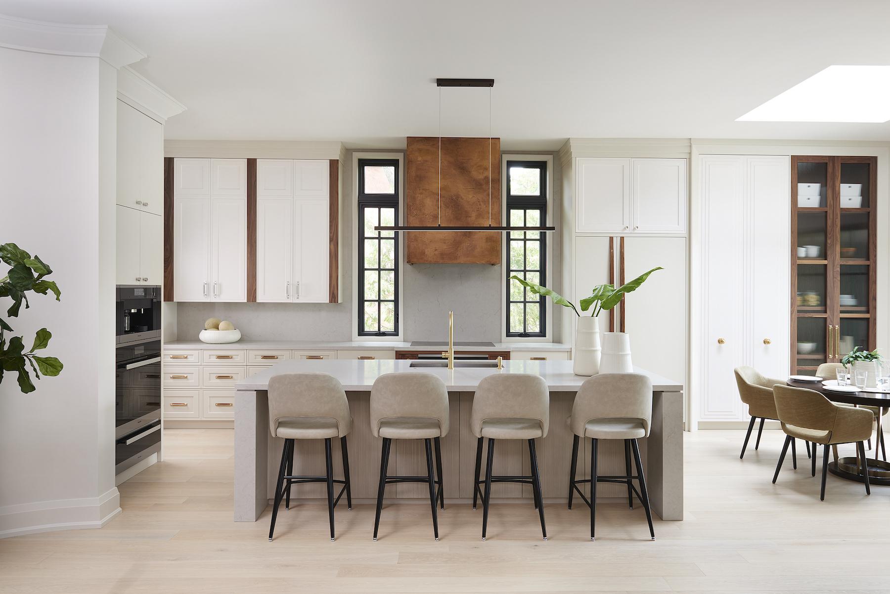Modern and bright kitchen design